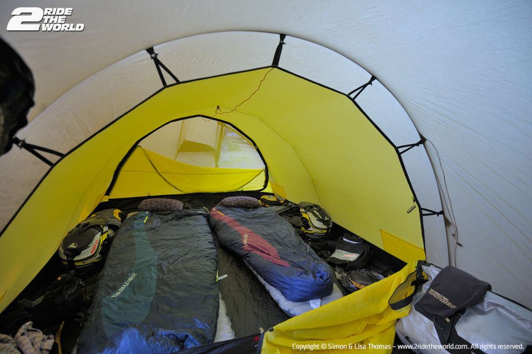 Dease camp tent sleepingBags 2